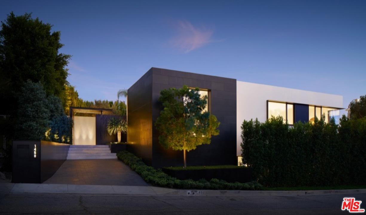 1450 BLUE JAY, Los Angeles (City), CA 90069