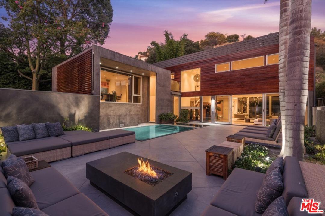 1514 RISING GLEN, Los Angeles (City), CA 90069