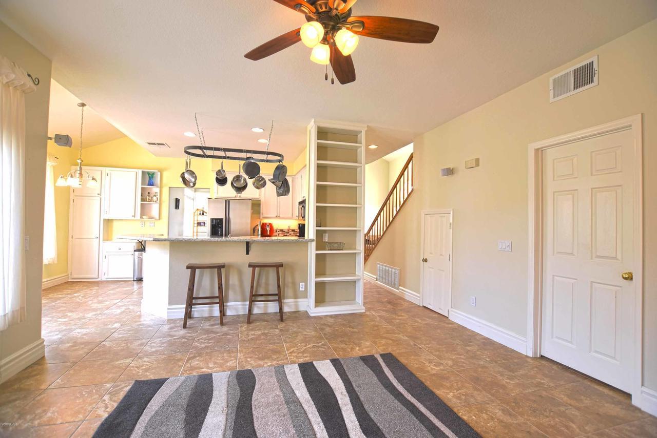 440 MOCKINGBIRD, Fillmore, CA 93015 - Family Room facing Kitchen