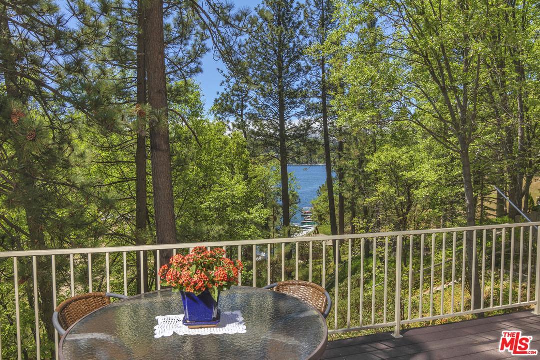 28803 NORTH SHORE, Lake Arrowhead, CA 92352
