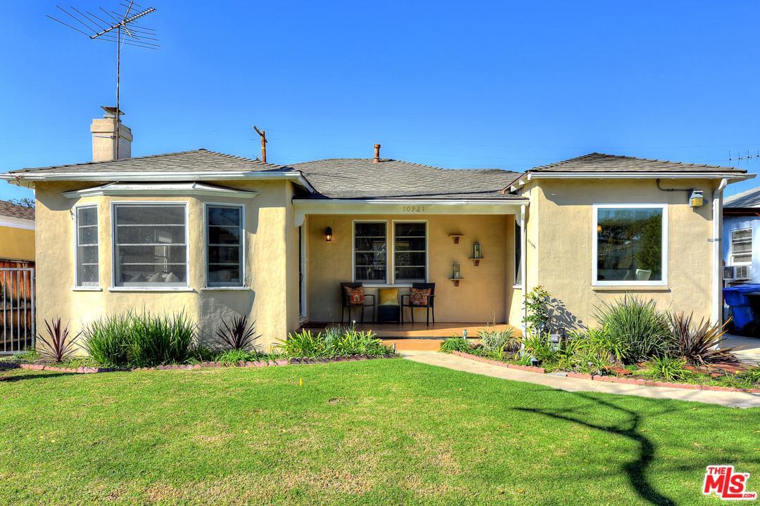 Photo of 10921 PICKFORD WAY, Culver City, CA 90230