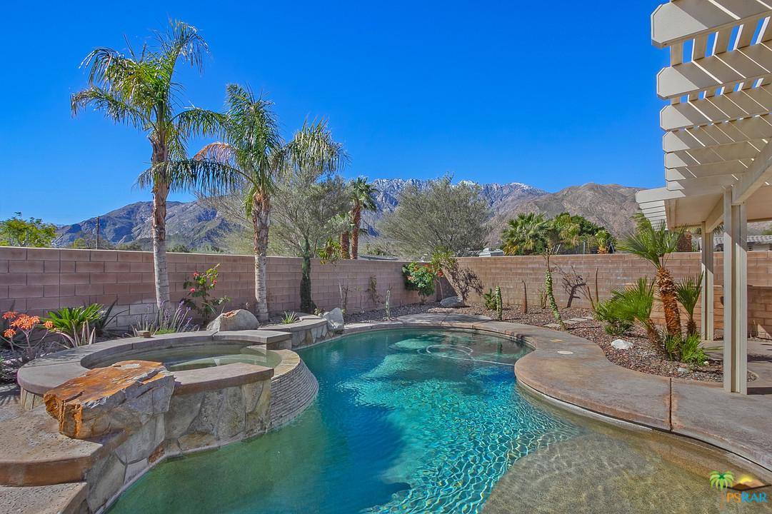 Photo of 719 VENTANA RDG, Palm Springs, CA 92262