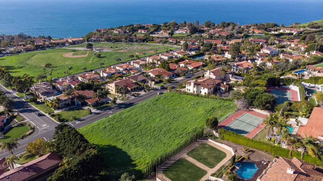 1524 VIA FERNANDEZ, Palos Verdes Estates, CA 90274 - VacantLot_PVE_CynthiaGortner_byFenlon-02