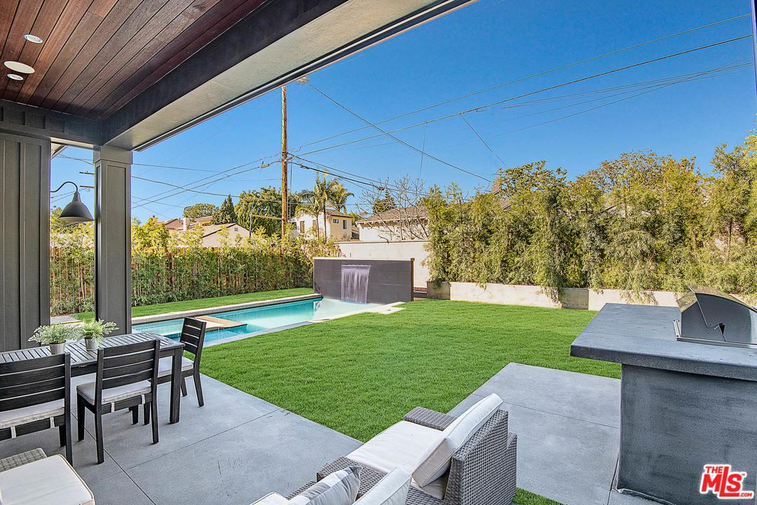 12561 WESTMINSTER, Los Angeles (City), CA 90066
