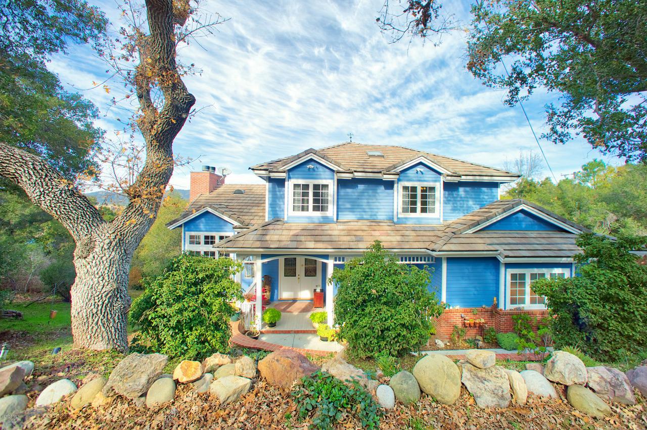 115 GILES, Lake Sherwood, CA 91361 - Front facing Giles