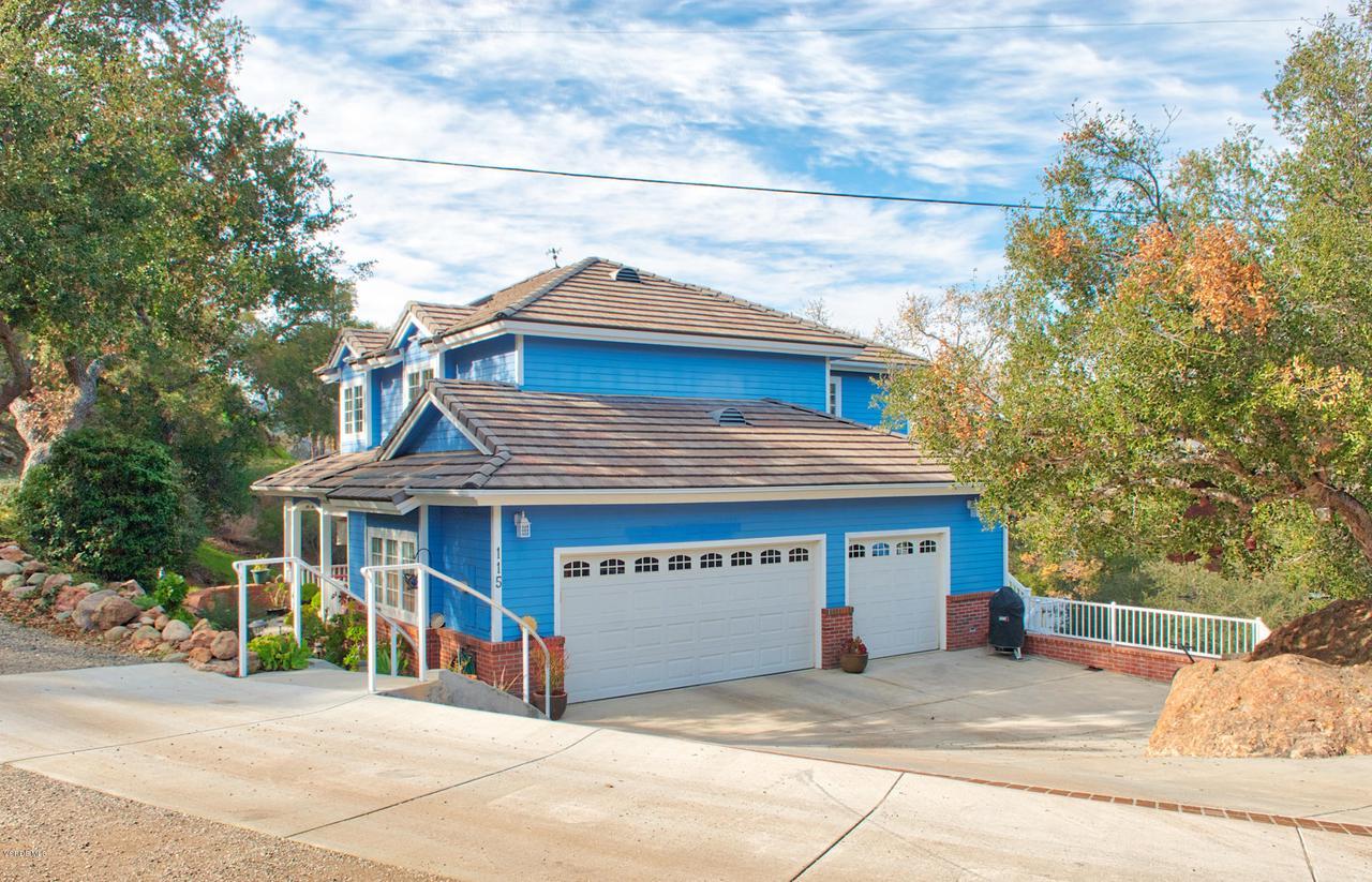 115 GILES, Lake Sherwood, CA 91361 - 3 car garage