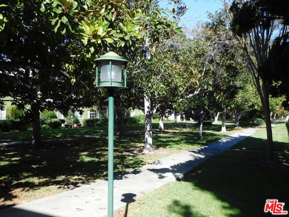 5414 VILLAGE, Los Angeles (City), CA 90016