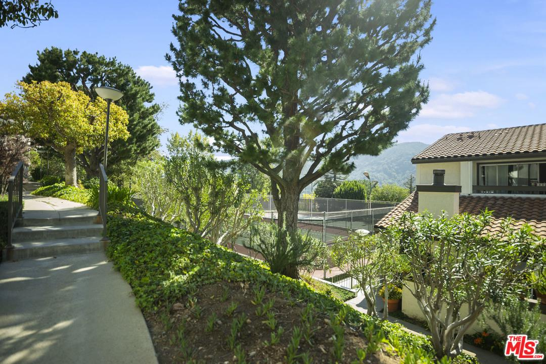 Photo of 1670 PALISADES DR, Pacific Palisades, CA 90272