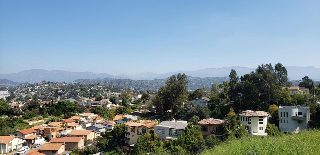 BARRYKNOLL, Los Angeles (City), CA 90065 - 20190402_103321