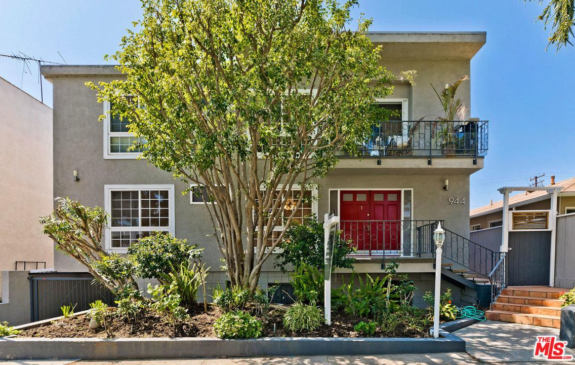 Photo of 944 11TH ST, Santa Monica, CA 90403