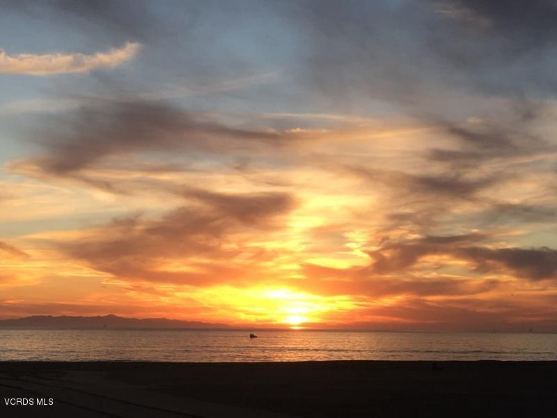 109 LA CRESCENTA, Oxnard, CA 93035 - sunset2