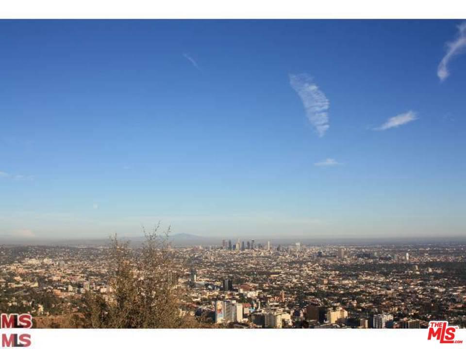 8323 ELUSIVE, Los Angeles (City), CA 90046