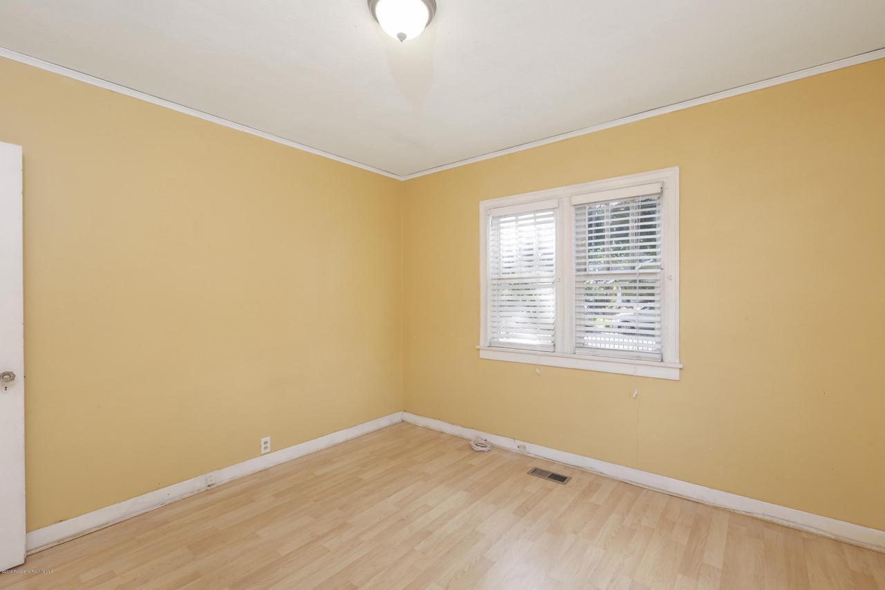 1948 JUANITA, Pasadena, CA 91104 - 026-photo-bedroom1