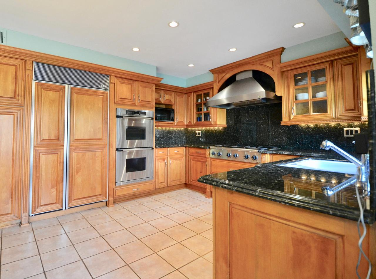Photo of 67 LOS PADRES DRIVE, Thousand Oaks, CA 91361