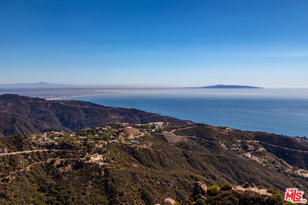 24736 SADDLE PEAK, Malibu, CA 90265