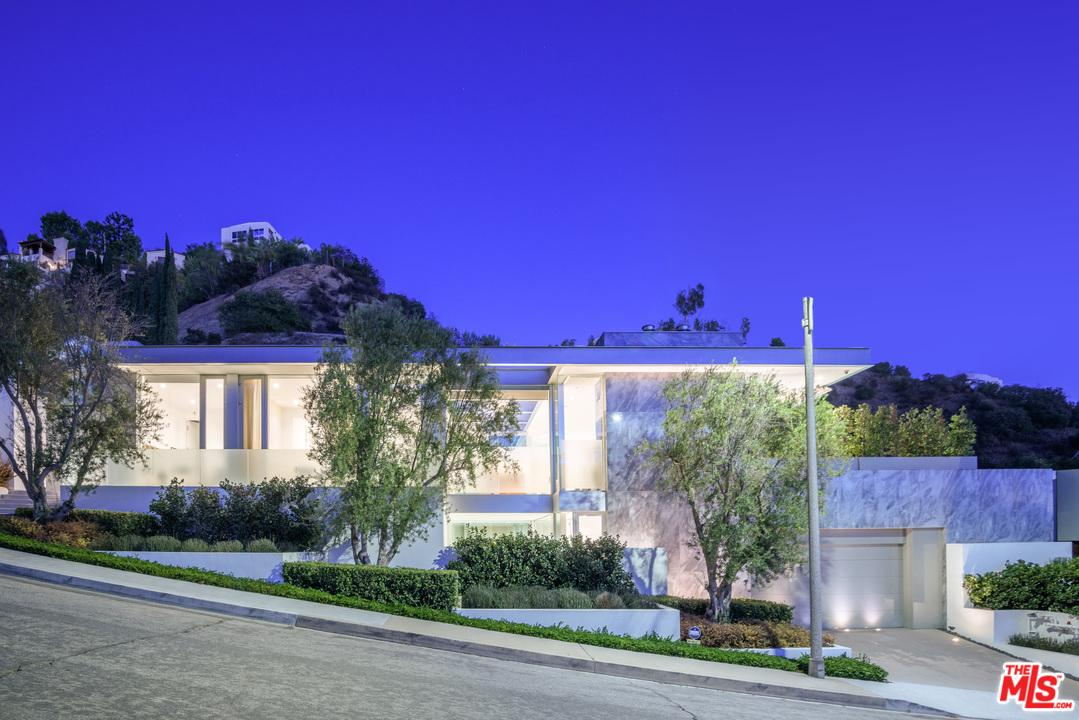 Photo of 1814 N DOHENY DR, Los Angeles, CA 90069