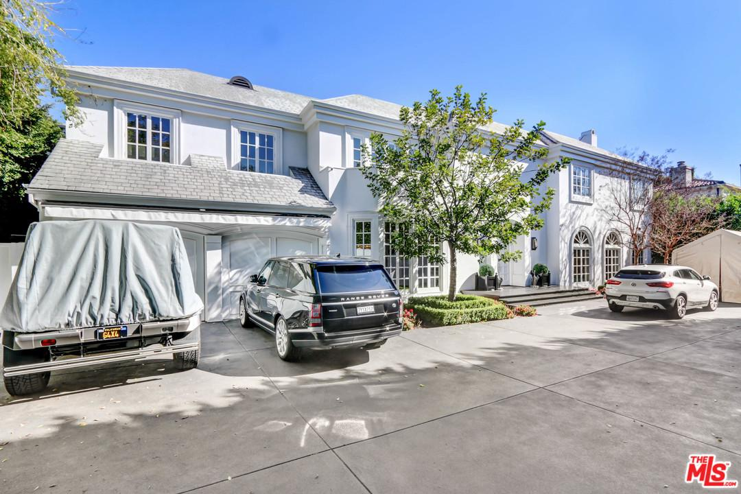 820 N WHITTIER Drive - Beverly Hills, California