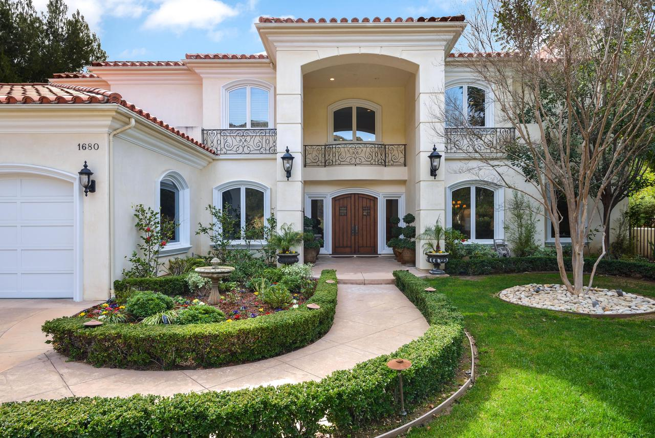 Photo of 1680 WINDY MOUNTAIN AVENUE, Westlake Village, CA 91362
