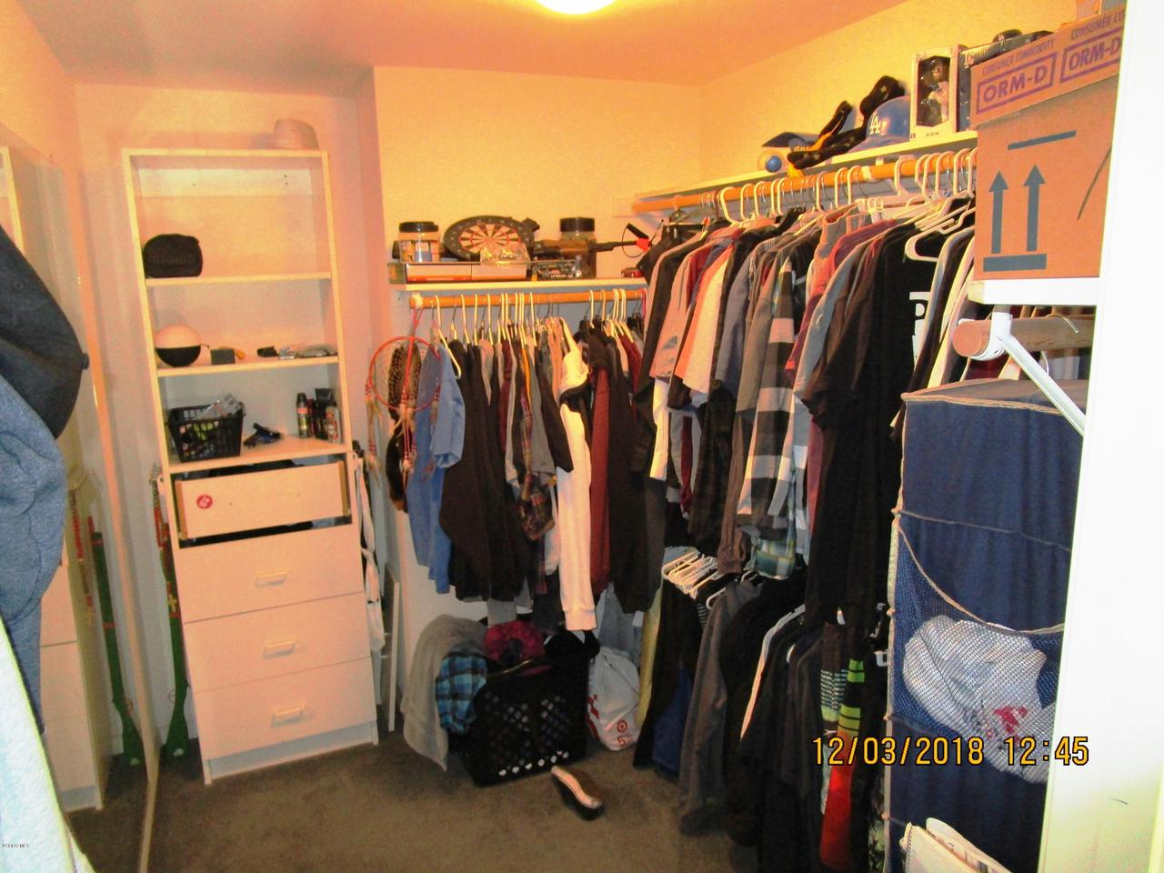 1063 MEADOWLARK, Fillmore, CA 93015 - bed 4 closet