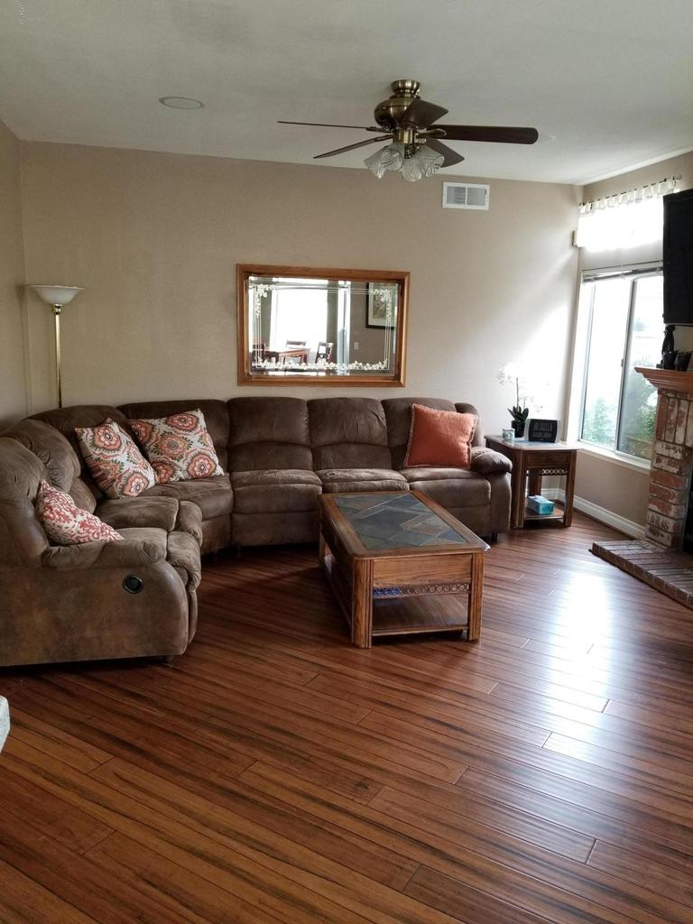 1063 MEADOWLARK, Fillmore, CA 93015 - living room 2
