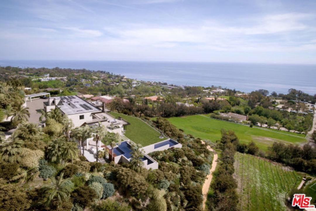 27318 WINDING, Malibu, CA 90265