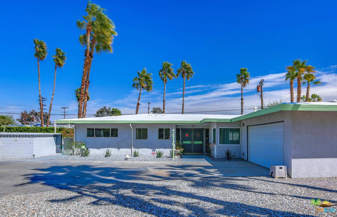 462 FARRELL, Palm Springs, CA 92262