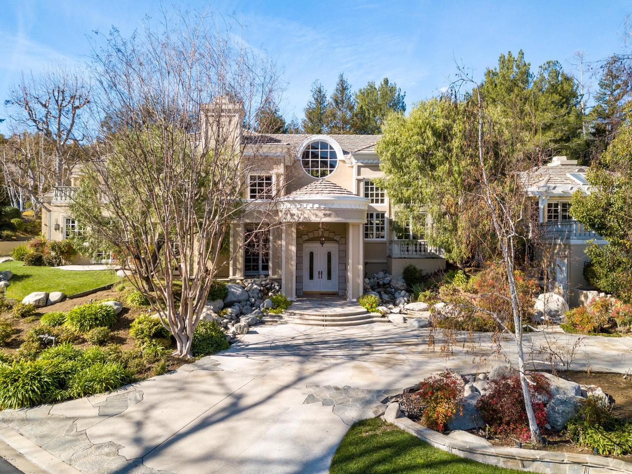 Photo of 907 VISTA RIDGE LANE, Westlake Village, CA 91362