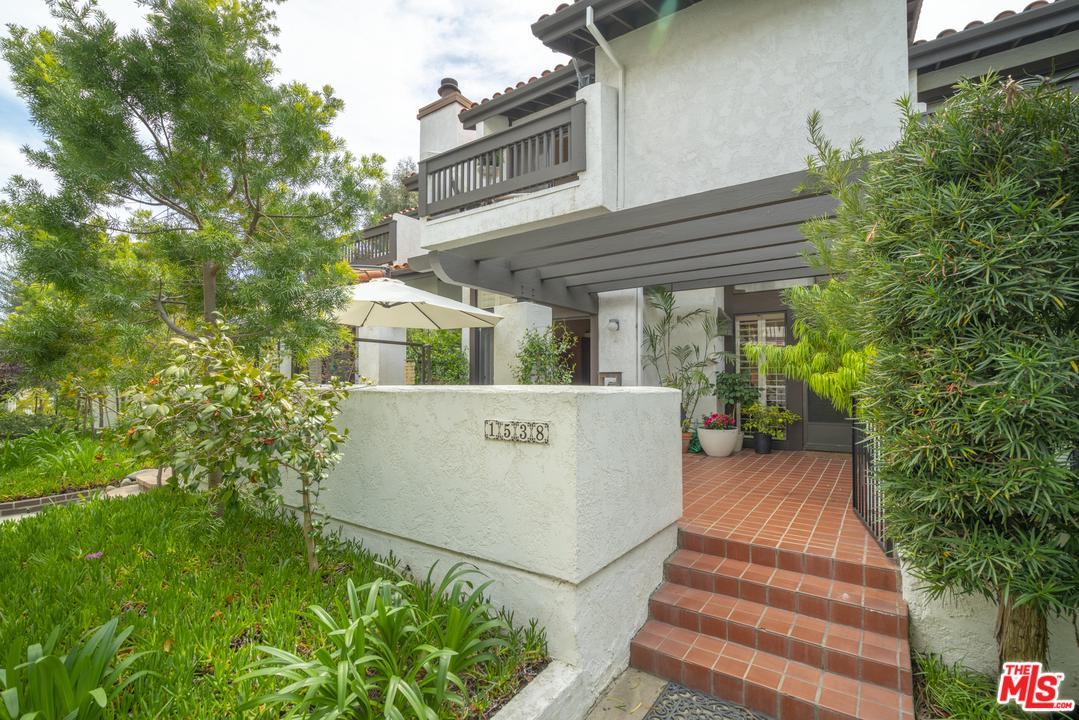 Photo of 1538 MICHAEL LN, Pacific Palisades, CA 90272