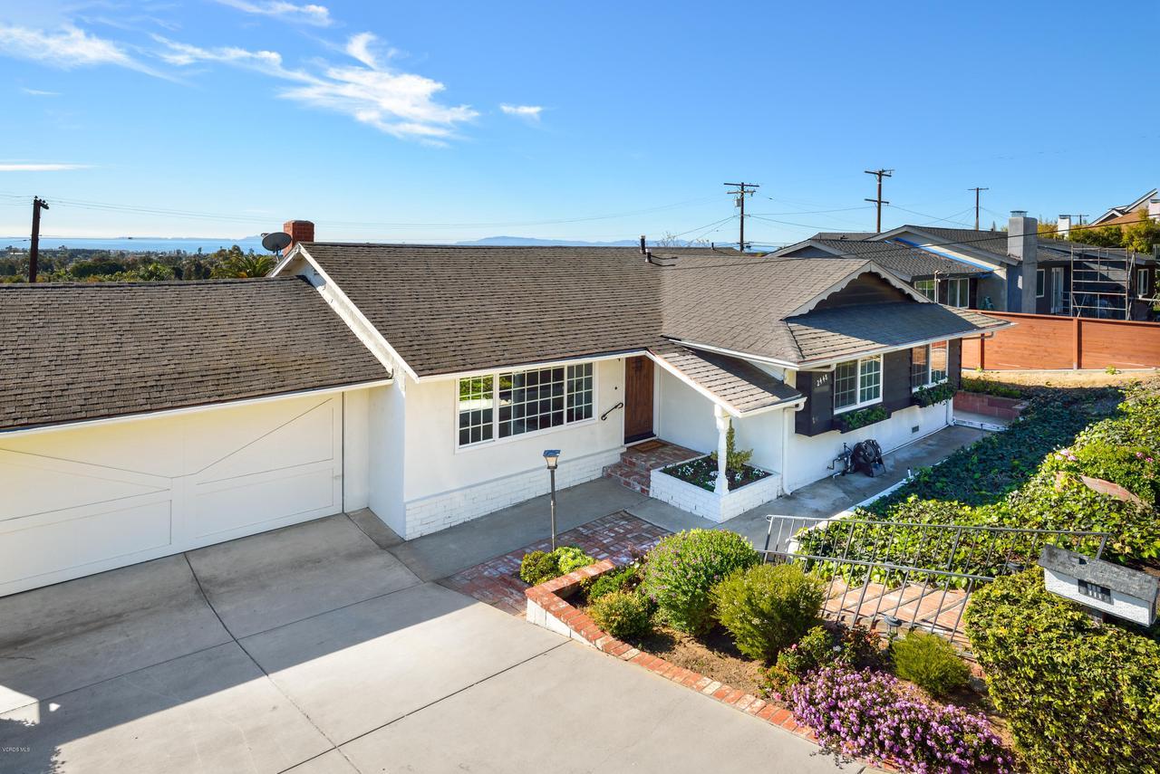 2448 SHERWOOD, Ventura, CA 93001 - 2 car garage