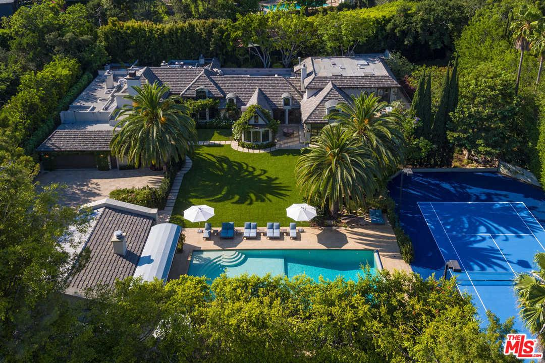 Photo of 9425 SUNSET, Beverly Hills, CA 90210