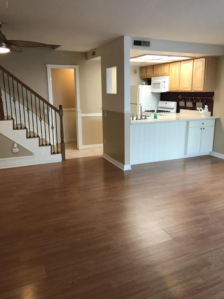 Photo of 5257 COLODNY DRIVE #10, Agoura Hills, CA 91301