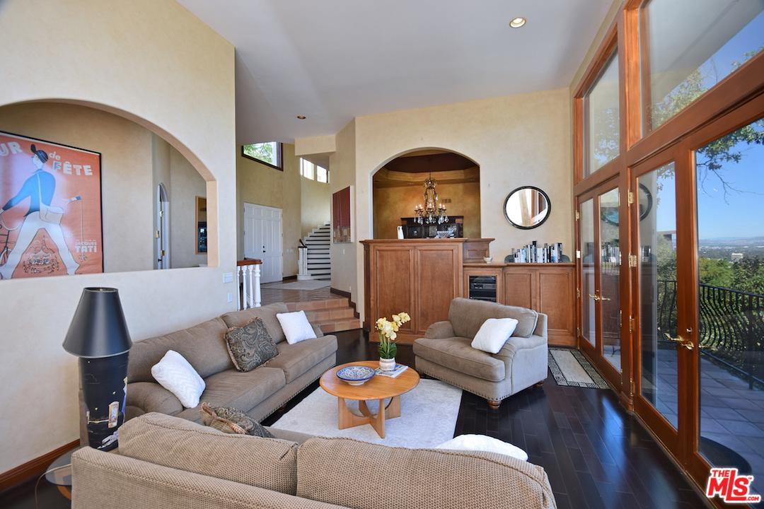 3666 DIXIE CANYON, Sherman Oaks, CA 91423