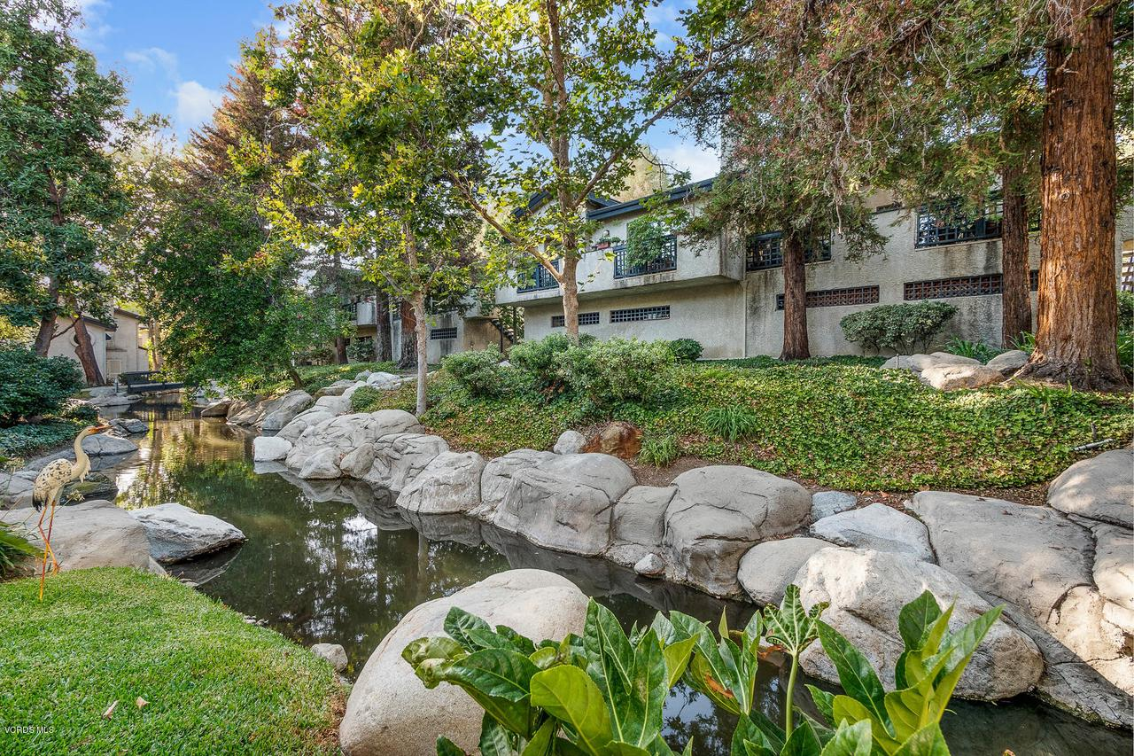 Photo of 5736 SKYVIEW WAY #F, Agoura Hills, CA 91301