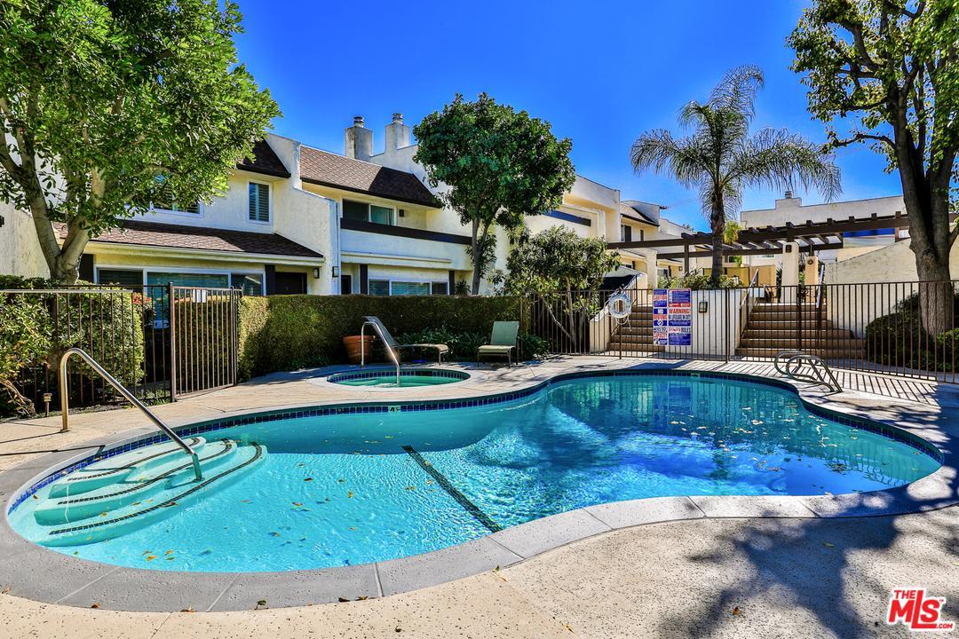 4321 MATILIJA, Sherman Oaks, CA 91423