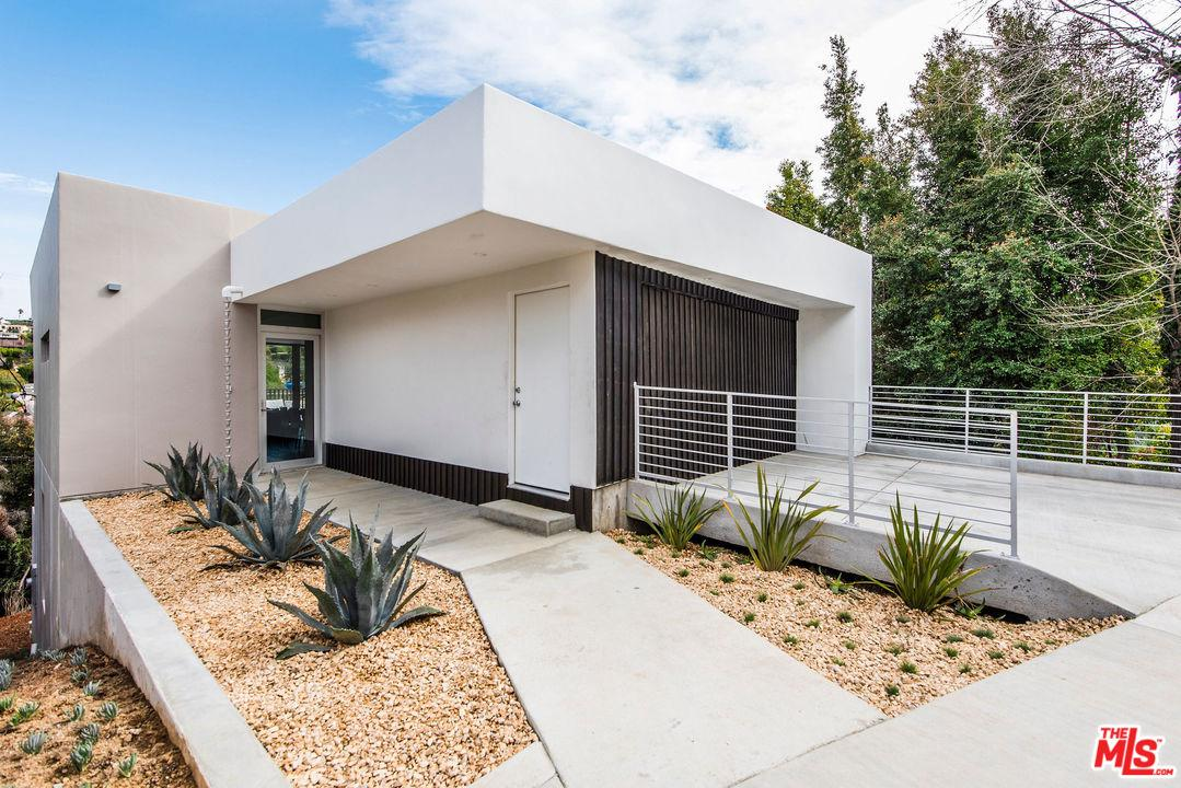 3354 TROY, Los Angeles (City), CA 90068