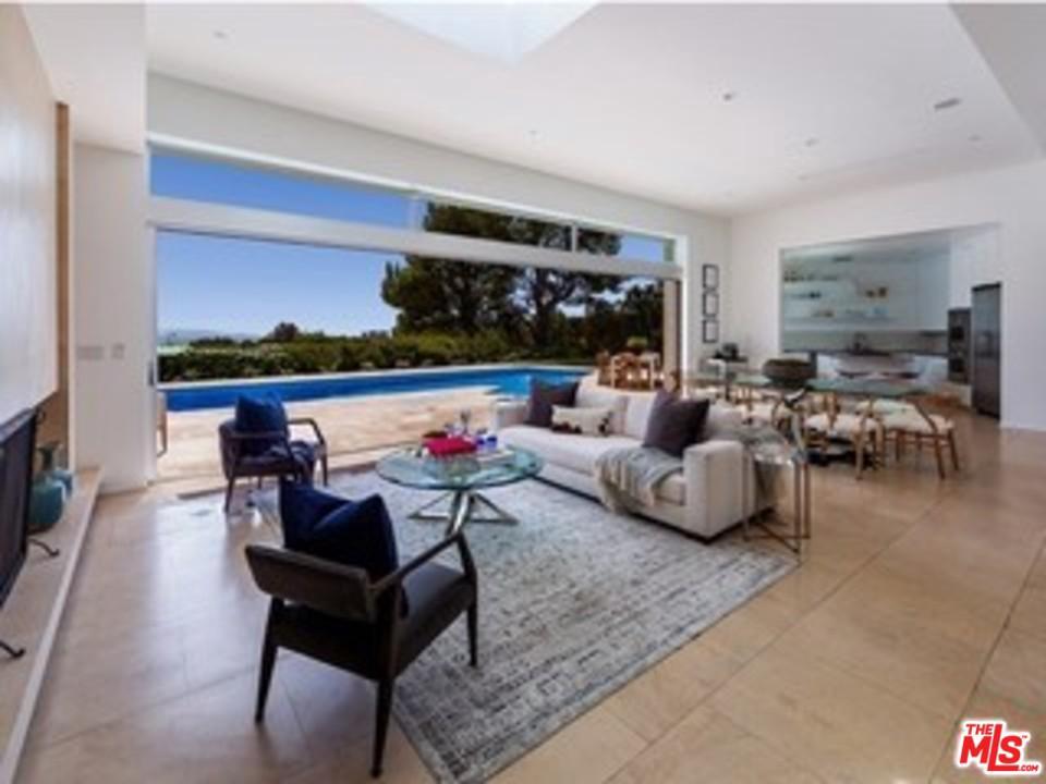 1471 CARLA, Beverly Hills, CA 90210