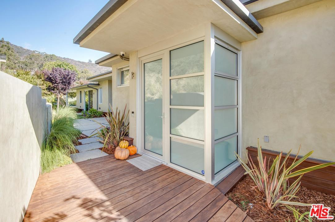 20729 EAGLEPASS, Malibu, CA 90265