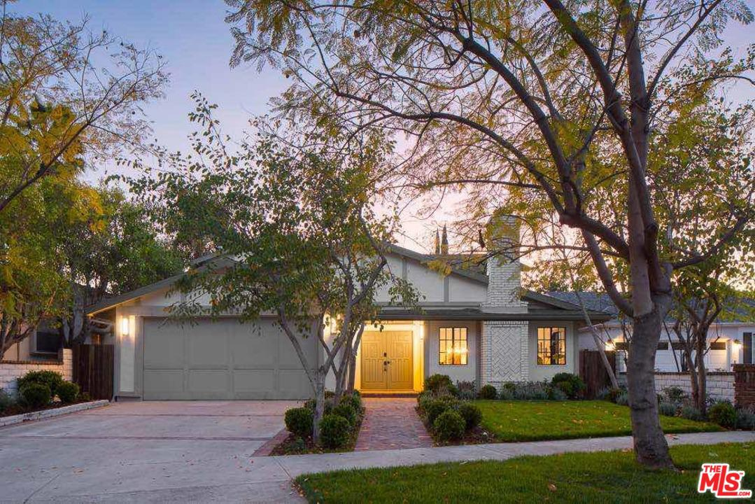 Photo of 4409 CLYBOURN AVE, Toluca Lake, CA 91602