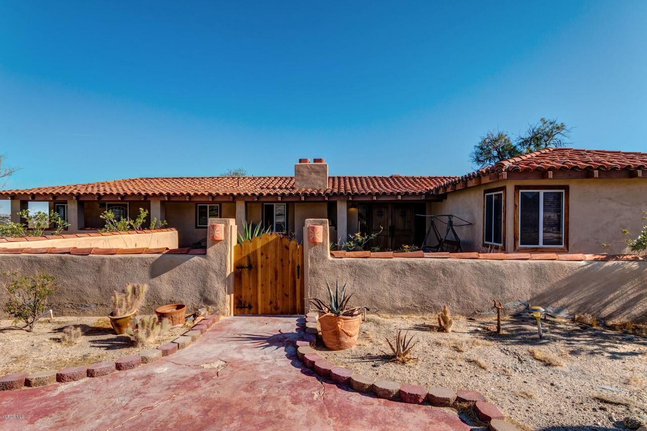 74784 FOOTHILL, 29 Palms, CA 92277 - Front gate
