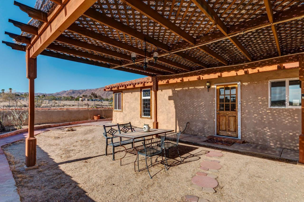 74784 FOOTHILL, 29 Palms, CA 92277 - Patio off kitchen