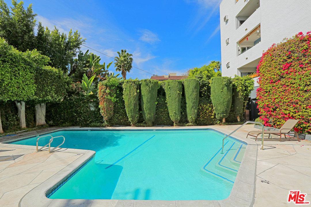 Photo of 7560 HOLLYWOOD, Los Angeles, CA 90046
