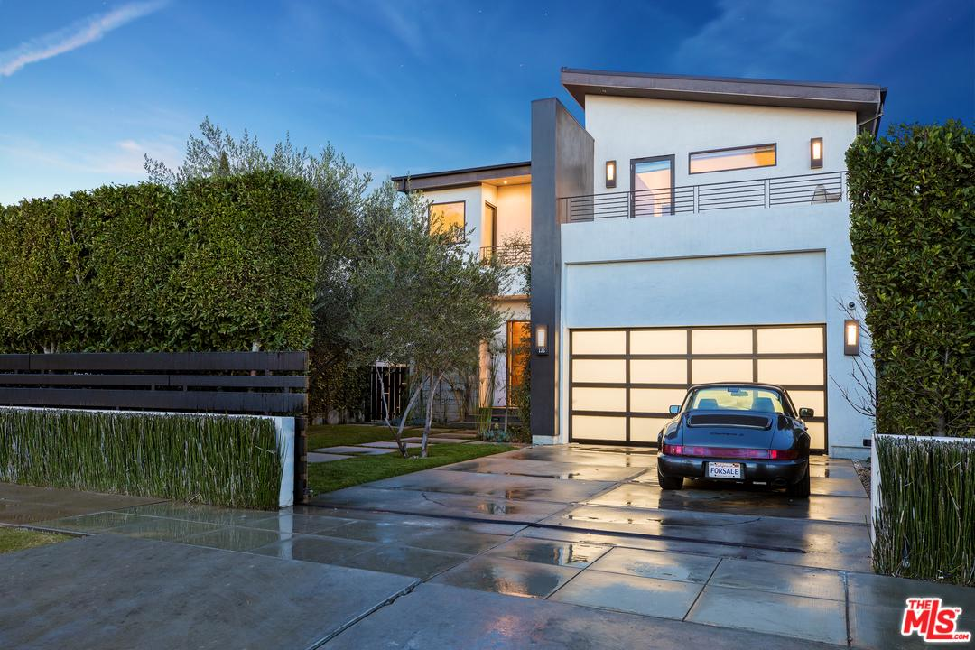732 MCCADDEN, Los Angeles (City), CA 90038