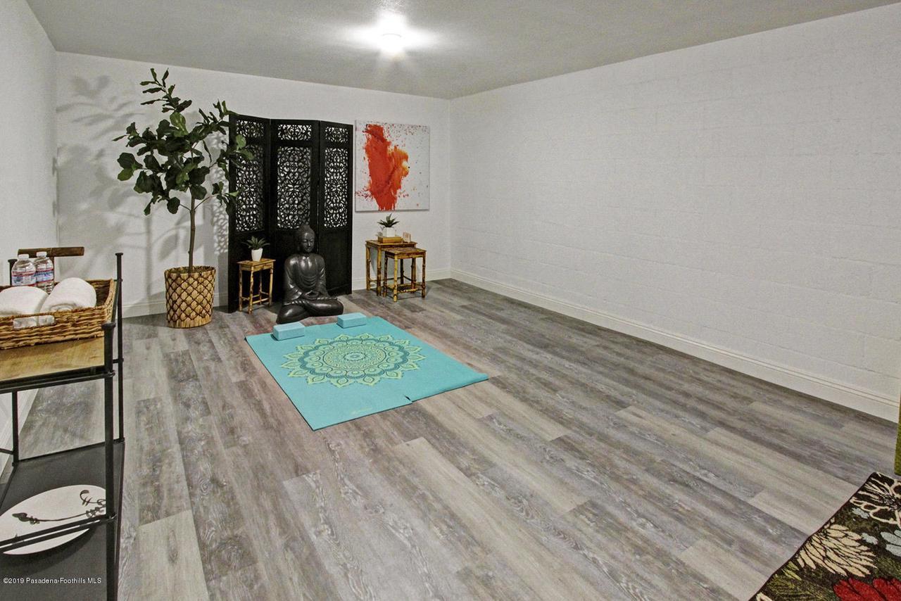1137 FAIRVIEW, Arcadia, CA 91007 - 1137 Fairview Ave Arcadia bonus room
