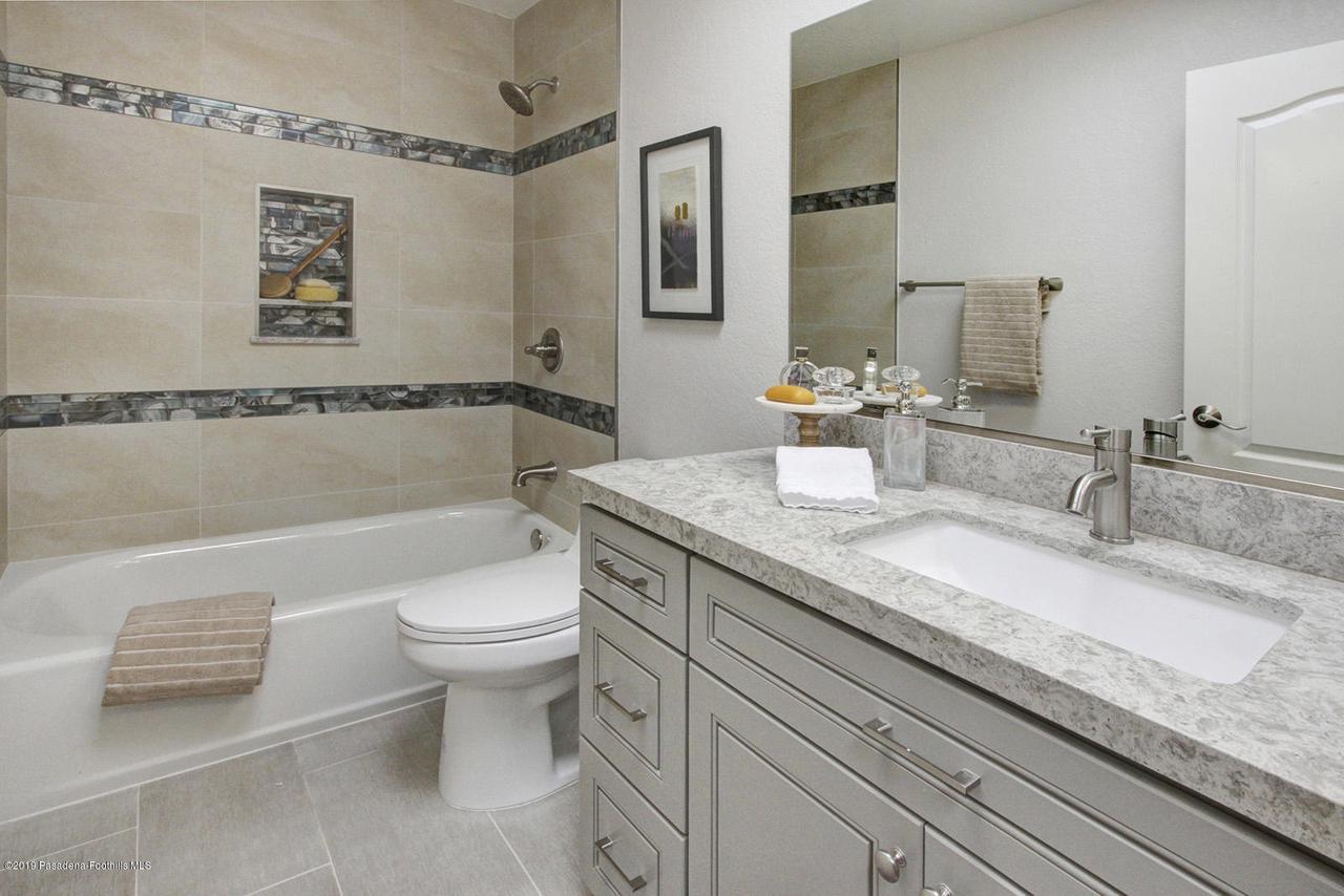 1137 FAIRVIEW, Arcadia, CA 91007 - 1137 Fairview Ave Arcadia hallway bath 2