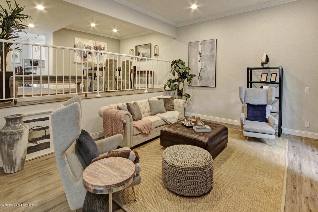 1137 FAIRVIEW, Arcadia, CA 91007 - 1137 Fairview Ave Arcadia living room