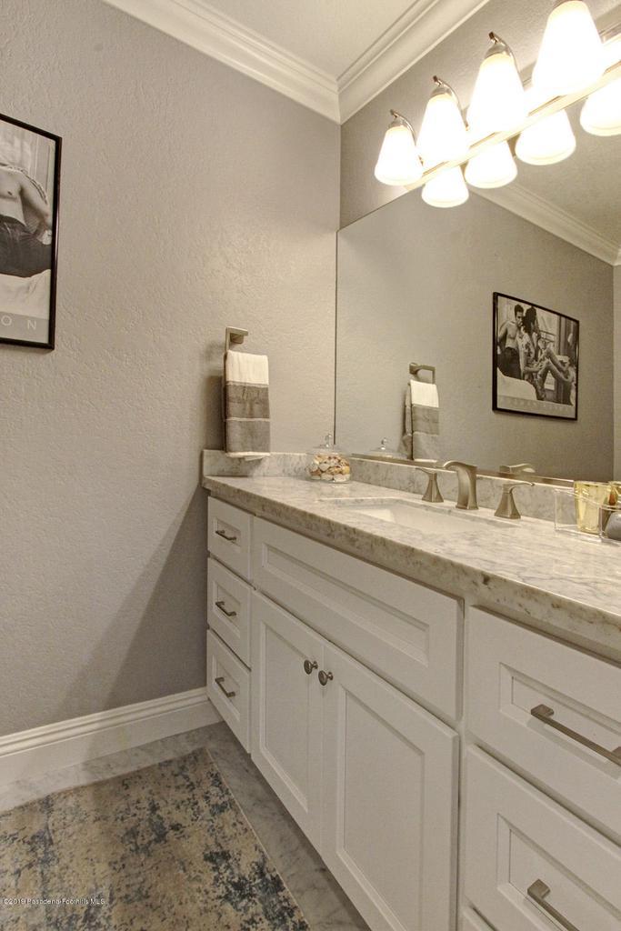 1137 FAIRVIEW, Arcadia, CA 91007 - 1137 Fairview Ave Arcadia bathroom 1