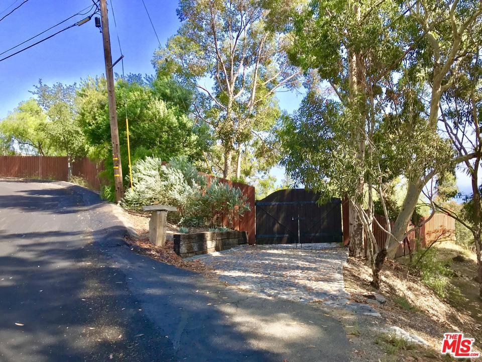 2882 HUME, Malibu, CA 90265