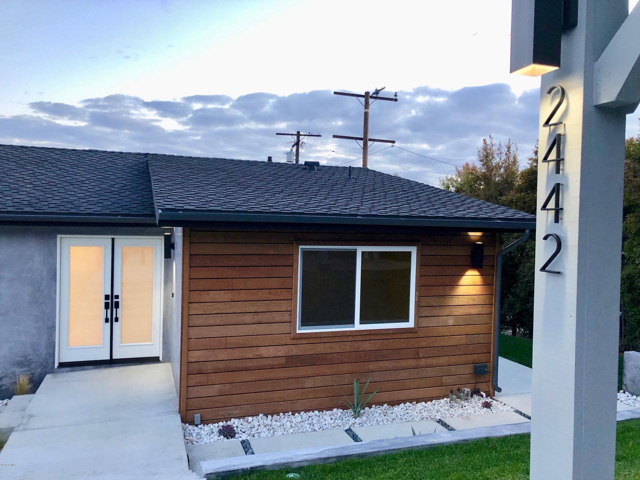 2442 SHERWOOD, Ventura, CA 93001 - 1