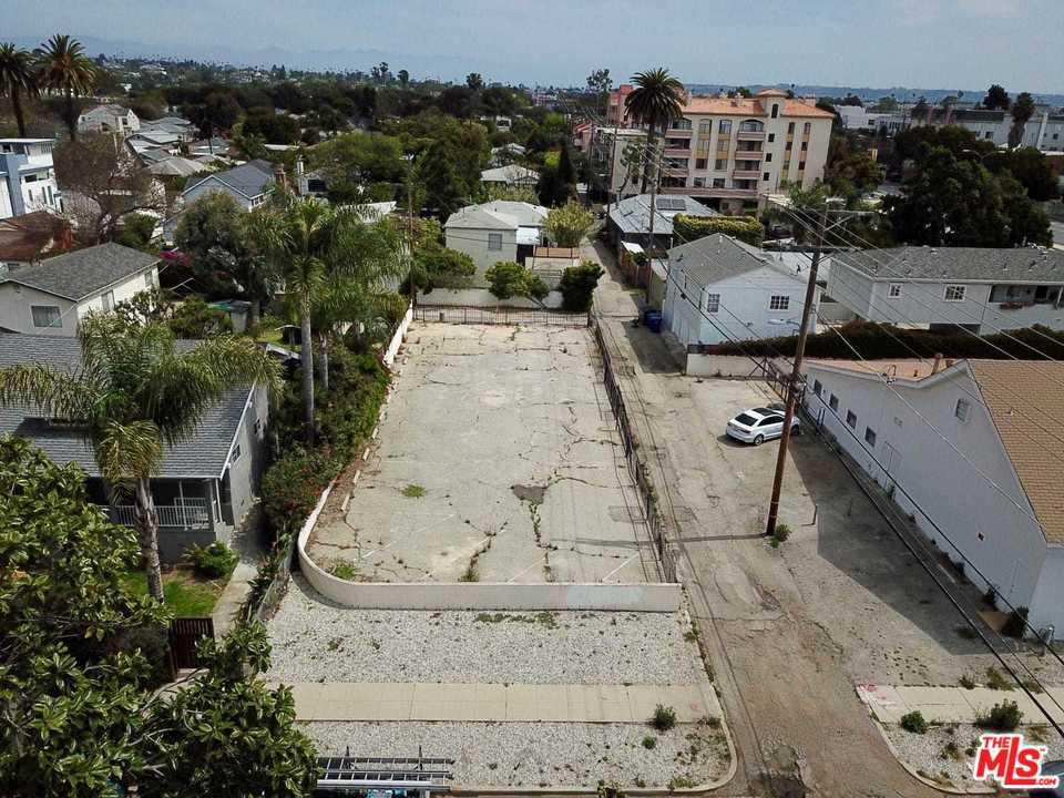 2332 LOUELLA, Venice, CA 90291