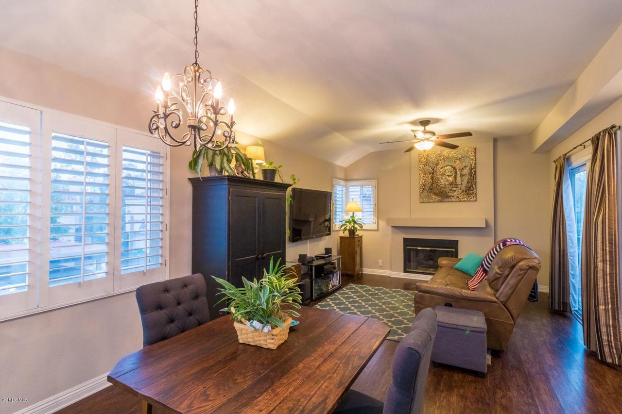 16 VIA GARCETA, Rancho Santa Margarita, CA 92688 - Living Room